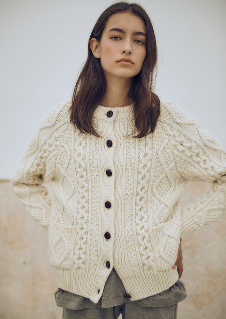 Via Cable wool knit cardigan_ivory