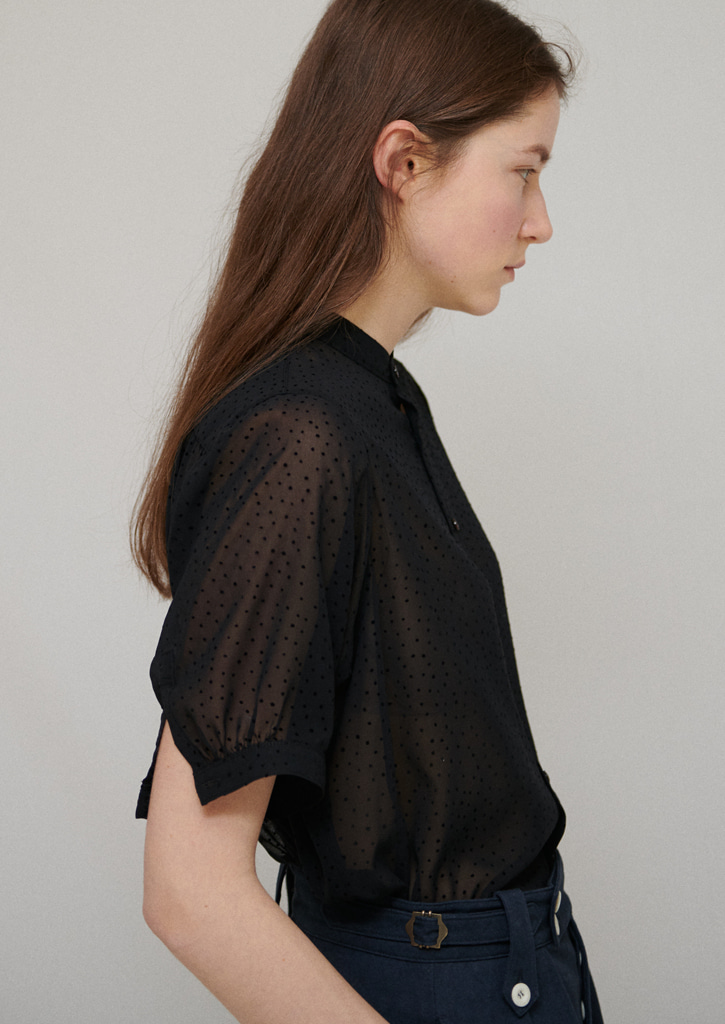 Via Bailey dot blouse_blackdot