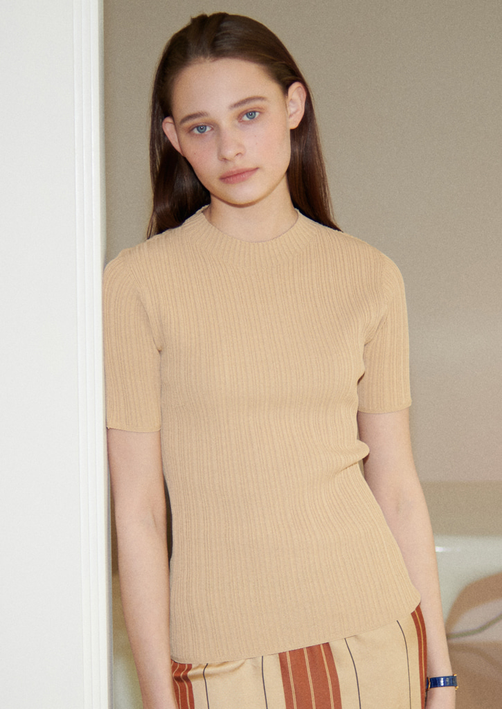 Via Slim-fit mockneck knit_beige